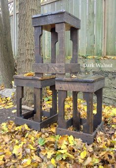 Pallet Bar Stools | 101 Pallets or simple 1x4's: upholster top