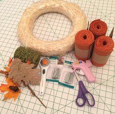 Supplies needed to make a burlap pumpkin wreath / grillo designs Burlap Bubble Wreath, Sunflower Burlap Wreaths, Easy Burlap Wreath, Burlap Wreath Tutorial, Burlap Crafts, Burlap Flowers, Wreath Crafts, Diy Wreath, Floral Wreaths