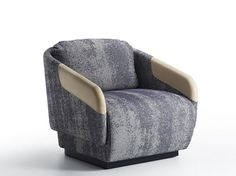 Armchair with armrests | CASAMANIA