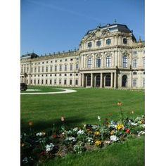 『バロック建築様式を代表するヨーロッパ屈指の宮殿』by マンボウのお城さん - ヴュルツブルク司教館、その庭園群と広場のクチコミ