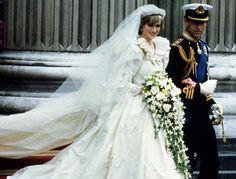 Lady Diana and Charles Prince of Wales  #ladydi #Wedding #dress