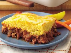 Cornbread Topped Sloppy Joe Casserole from Betty Crocker.  Yummy recipe for a classic comfort food...Sloppy Joe Casserole.  Ground beef was a staple when I was growing up with 5 kids; sloppy joe dinners were our favorite.  YUM!