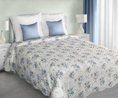Dekorativní bílý oboustranný přehoz na manželskou postel s modrými květy Comforters, Blanket, Bed, Furniture, Home Decor, Products, Creature Comforts, Quilts, Decoration Home