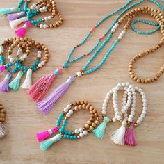This Long Beaded Necklace is made of blue beads in elegant combination of pink tassel. Necklace is completely handmade and unique! Blues Glass Beads - 4mm, Pink Tassel - 10cm Size Necklace - 34 inches 19 inches from top to bottom of the tassel Each piece is handmade and beautifully crafted to create a perfect necklace for boho style! Love it? Click on Add item to favorites If you like the product!!! Please pin it in your board on Pinterest!!!! Thank you for visiting our shop! Visit our f...