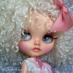 My first toothy girl Mimi soon at my corner!