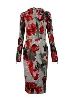 Kup mój przedmiot na #vintedpl http://www.vinted.pl/damska-odziez/krotkie-sukienki/10152706-sukienka-w-malowane-kwiaty-na-chlodniejsze-dni