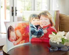 Showcase the photos you love throughout your house. Curved glass prints and acrylic blocks from Shutterfly.com