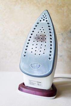How to Clean an Iron Soleplate at home without fancy cleaners!