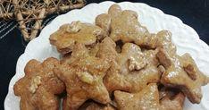 Tradičné mäkké medovníky, vianočný recept ako upiecť mäkké medovníčky zo špaldovej múky, ktoré chutia fantasticky. Vyskúšajte vianočný recept so značkou Ženy v meste. Cookies, Desserts, Recipes, Food, Basket, Crack Crackers, Tailgate Desserts, Deserts, Biscuits