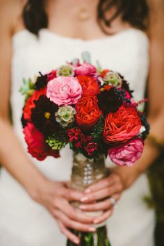 Rustic red #bouquet | Photography: Caroline Ghetes - carolineghetes.com | Read more - http://www.stylemepretty.com/little-black-book-blog/2014/01/17/american-persian-fusion-lonesome-valley-wedding/