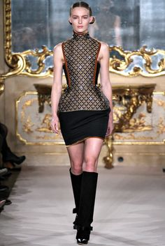 Aquilano.Rimondi Fall 2012 Ready-to-Wear Fashion Show - Ymre Stiekema