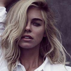 Model Elizabeth Turner Social Media Pics Kayuty