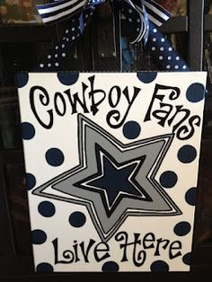House divided with dallas cowboys and green bay packers for Dallas cowboys arts and crafts