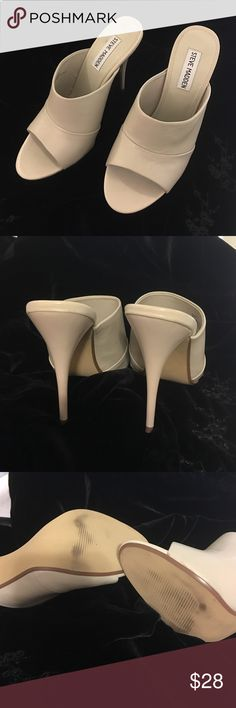 Steve Madden heels in bone color Steve Madden heels in bone color- this is a reposh- got them and they are just not quite the right look with the outfit - never worn by me barely worn prior - excellent condition!!!! Steve Madden Shoes Heels