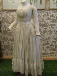 Dress from the Musée de la Toile de Jouy, at Jouy-en-Josas (France) originally…