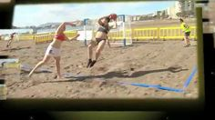 El giro 360º en balonmano playa Playa Beach, Spin, Beach Mat, Outdoor Blanket, Running, Sports, Handball, Hs Sports, Keep Running