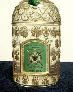 "Extremely rare Guerlain Perfume ""Golden Bee"" bottle"