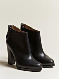 91ed32de10d9 51 Best Wear on Feet images