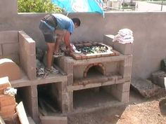 ¿Cómo construir un quincho de ladrillos? - YouTube Brick Oven Outdoor, Outdoor Stove, Rustic Ovens, Rustic Kitchen, Wood Fired Oven, Wood Fired Pizza, Interior Design Living Room, Living Room Designs, Outdoor Grill Station