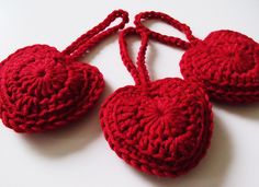 Ravelry: Perfect ♥ⓛⓞⓥⓔ♥ Heart pattern by Barbara Summers  #love #crochet #hearts and #valentines