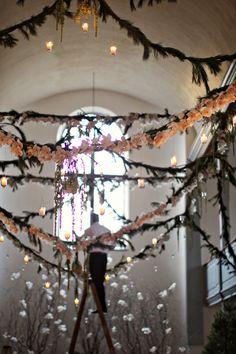 Inspire Wedding | Midsummer Night's Dream | Inspiration, decoration, garlands, flowers
