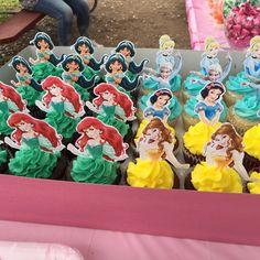 Princess Birthday Party Decorations, Disney Princess Birthday Party, 4th Birthday Parties, 3rd Birthday, Disney Princess Birthday Cakes, Birthday Crowns, Cinderella Party, Birthday Ideas, Disney Princess Cupcakes