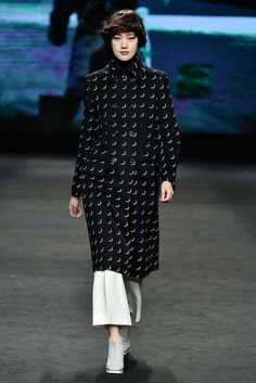 Andy & Debb Seoul Fall 2015 - Collection - Gallery - Style.com