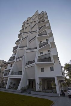 Image 10 of 22 from gallery of Ishatvam 9 / Sanjay Puri Architects. Photograph by Dinesh Mehta Decorative Storage Boxes, Storage Bins, Residential Building Design, Tower Design, Private Garden, Facade, Architects, Gallery