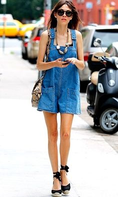 Alexa Chung's dress-down style is always a playful affair. Out in New York, she beat the heat in a Stella McCartney all-in-one, Kurt Geiger espadrilles, a chunky statement necklace and a snake-skin print bag. Read more at http://www.instyle.co.uk/celebrity/pictures/celebrity-street-style#Tx5ysGw4bC8UF8eG.99