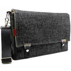 Stash iPad messenger bag. so beautiful!