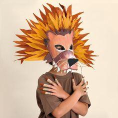 Máscara de Leon de carton. Cardboard lion Mask