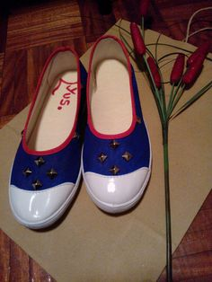 Chatitas simples blue red tachas
