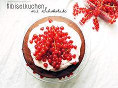 Saurer Ribiselkuchen mit Schokolade
