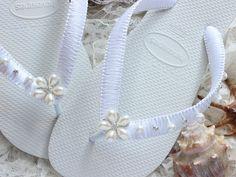 Personalized Bridal Shower Fuchsia Flip-Flops Customized Bridal Shower gift Hot Pink Vintage Custom Beach Wedding Bridesmaid Favors
