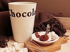 National Hot Chocolate Day, Road Trips R Us, Travel & Food Blog, January National Food & Beverage Holidays,