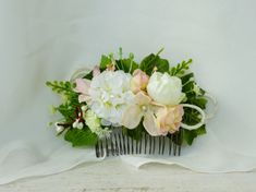 Rustic hair comb Bridal hairpiece Flower headpiece by LumilinA