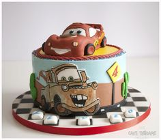 © Mary Das, Cake Thérapie Car cake, Lightening McQueen and Mater. All edible sugar art.