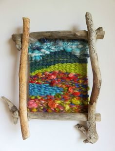 - Photo de accessoires et divers - Filzélaine Weaving Projects, Weaving Art, Loom Weaving, Tapestry Weaving, Art Projects, Art Fibres Textiles, Textile Fiber Art, Peg Loom, Yarn Bombing