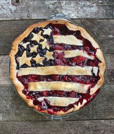 Red, White & Awesome American Flag pie...gorgeous!