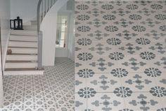 Historiske fliser i gang Cool Rooms, Tile Floor, Sweet Home, New Homes, Stairs, Flooring, Inspiration, Crafts, House