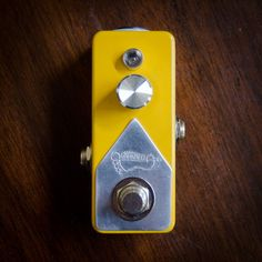 Mini Booster Pedal  Made to Order  Custom Guitar von GnarHeelPedals, $110,00