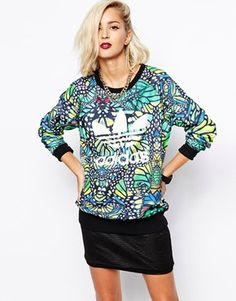 Agrandir Adidas Originals - Sweat motif papillon