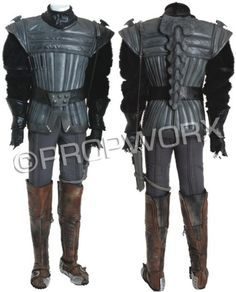 37: Klingon Warrior Costume : Lot 37
