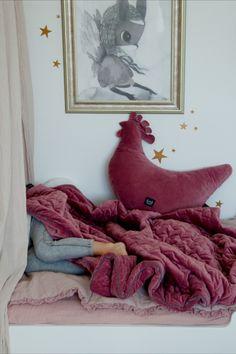 Velvet és minky anyagokból, prémium minőségben, hogy babád a legjobbat kapja! Antiallergén, bőrbarát anyag. Egybevarrt töltet Girl Room, Baby Room, Nursery Ideas, Blanket, Bed, Modern, Home, Blankets, Trendy Tree