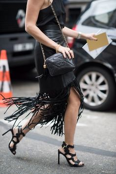 In black we trust: perfect! Love the leather/fringe skirt and the shoes <3