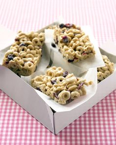 """Popsicles, """"pizzas,"""" chocolate chip cookies...your kids won't believe you when you tell them these are healthy snacks.      Cranberry-Oat Cereal Bars    Dried cranberries are a great source of antioxidants and vitamin C. Choose a whole-wheat cereal for added daily fiber. Your kids will love it for the sweet crunch!"""