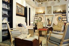 Boutique Salon - An exclusive lounge in a vintage boutique