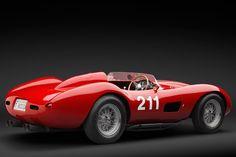 Ferrari de 1957 é leiloada por R$ 13 mi