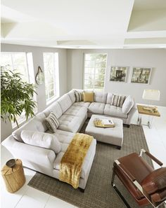 Bring versatile, stylish seating into your living room with the Metropolis secti… - Modern Living Room Sectional, Home Living Room, Apartment Living, Living Room Designs, Living Room Decor, Large Sectional Sofa, Couches, Sofas, Home Interior