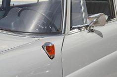 Mercedes 190 W110
